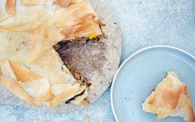 Hartige taart met kipgehakt en pompoen